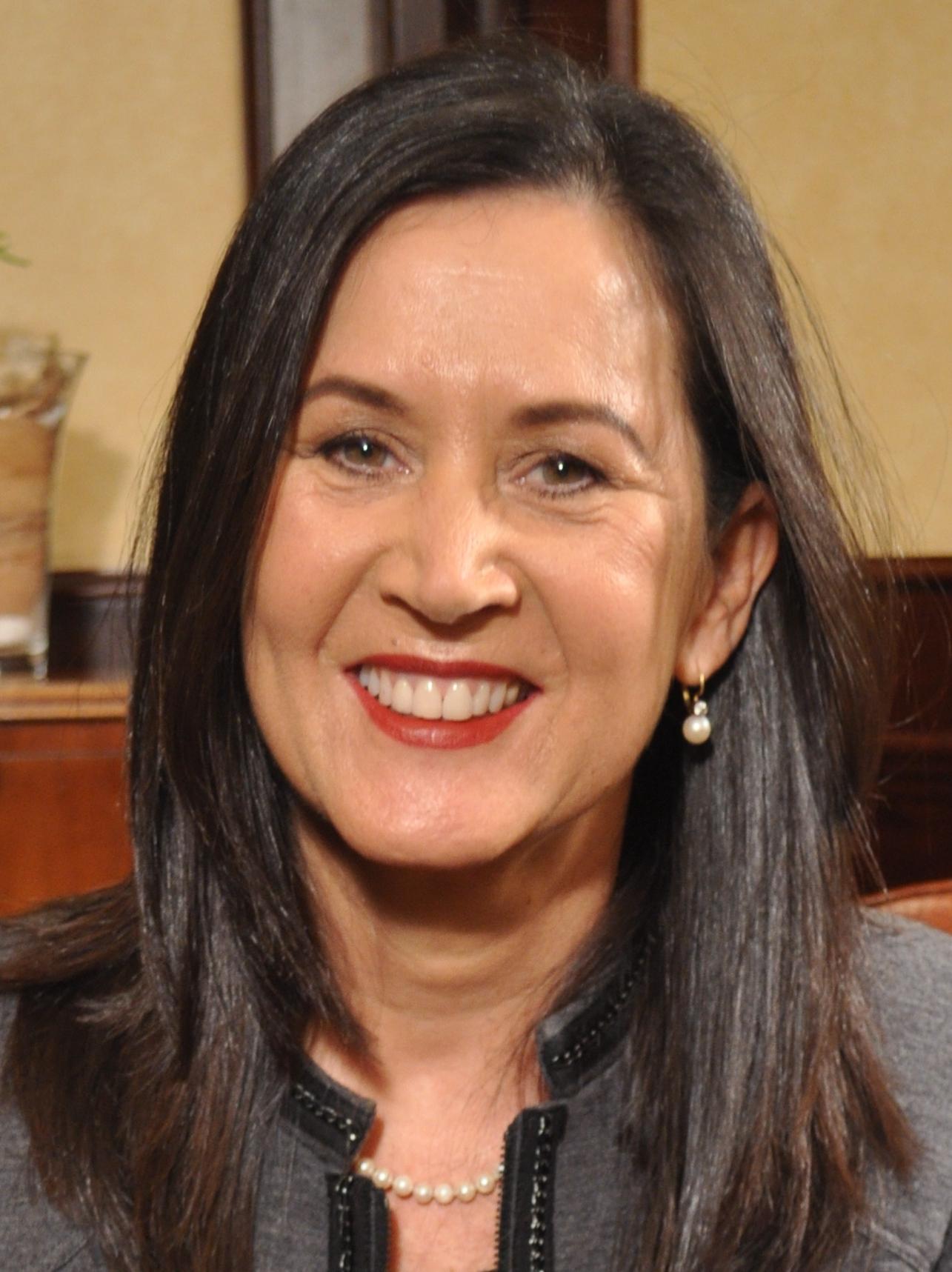 Dr Debbie Alexander